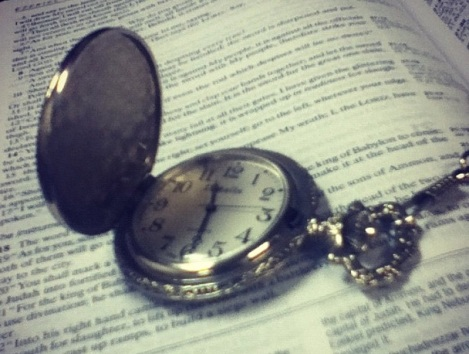 clock-and-bible-1